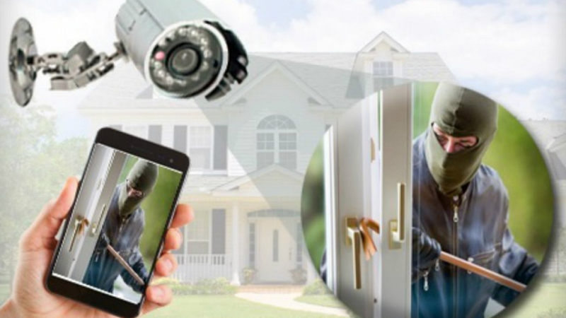 4 Home Security Tips to Keep the Burglars Out 2