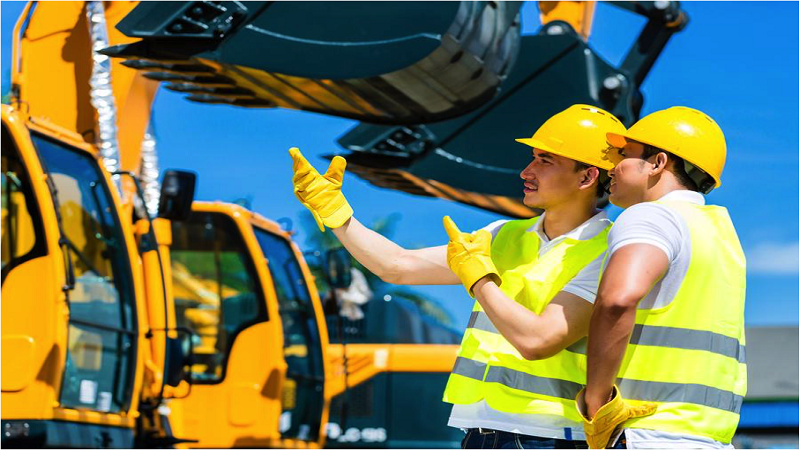 4 Safety Tips for Working with Heavy Machinery 2