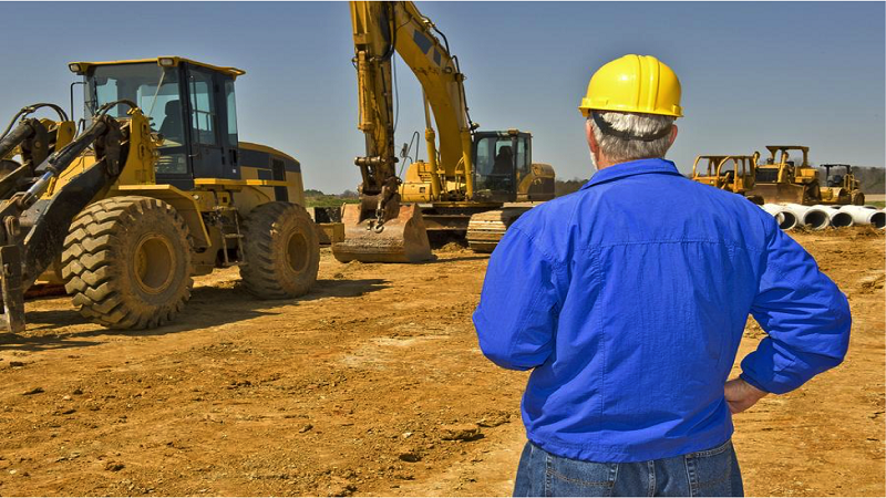 4 Safety Tips for Working with Heavy Machinery