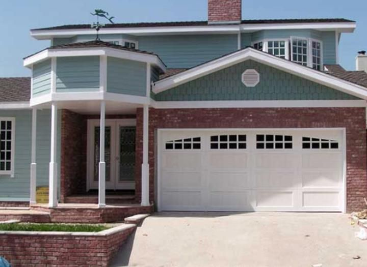 How to recruit high standard garage door repair services companies in Manhattan Beach?