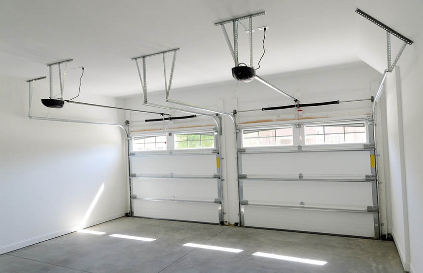 Garage Door Repair Services in Encino